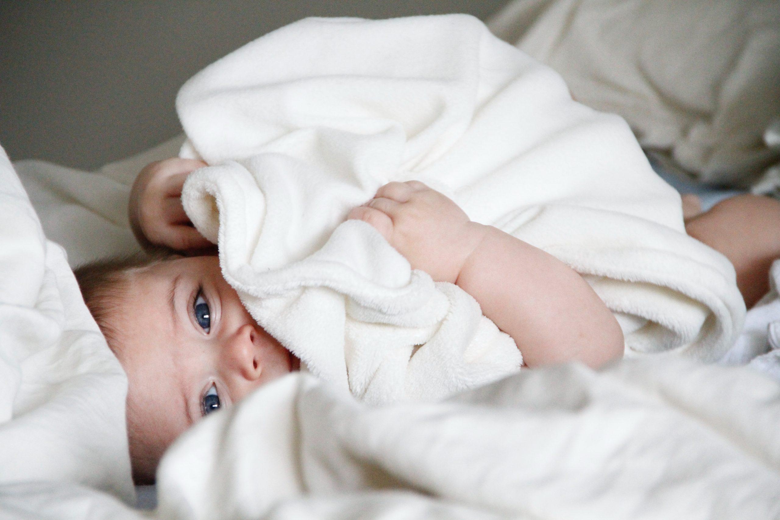 baby 4 maanden slaapt niet